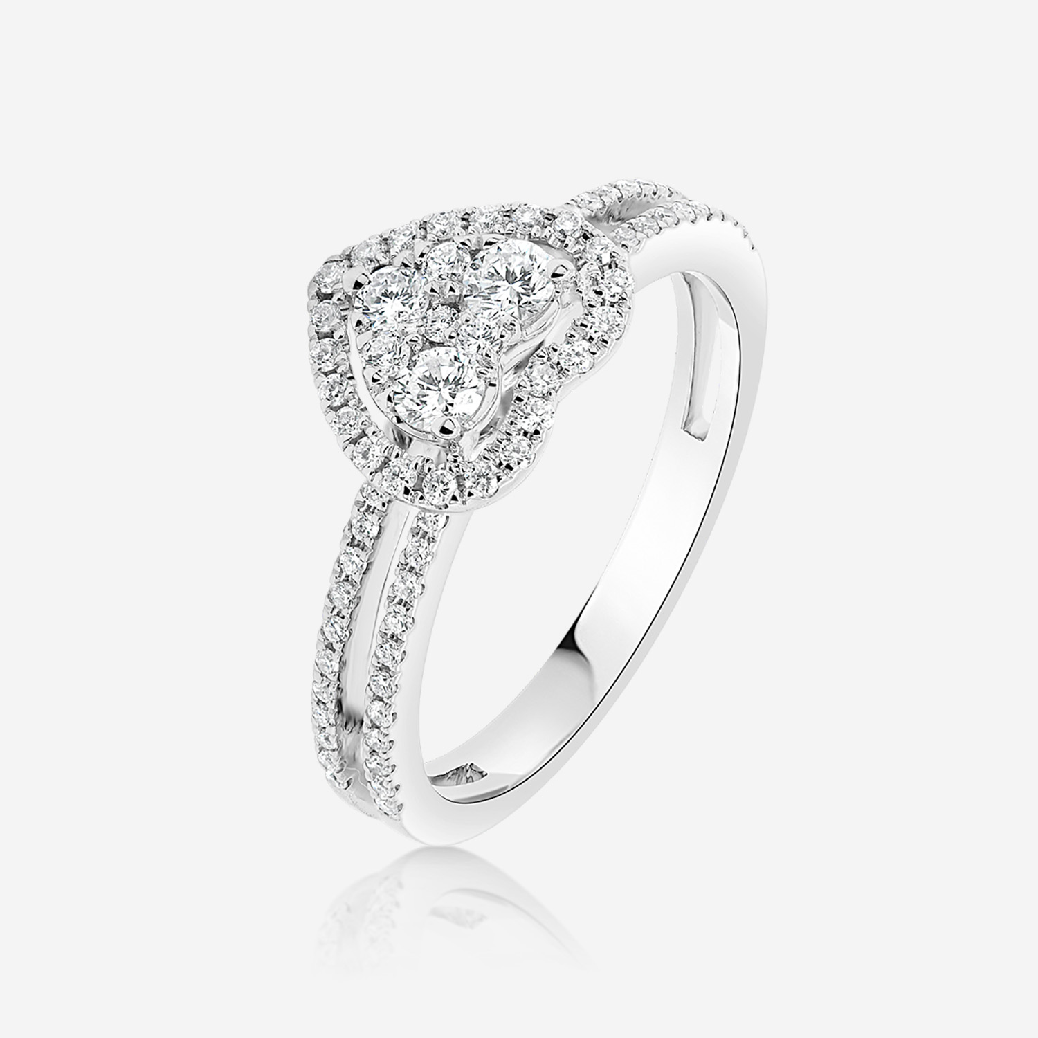 Engagement rings Gold ring with diamonds White Diamonds