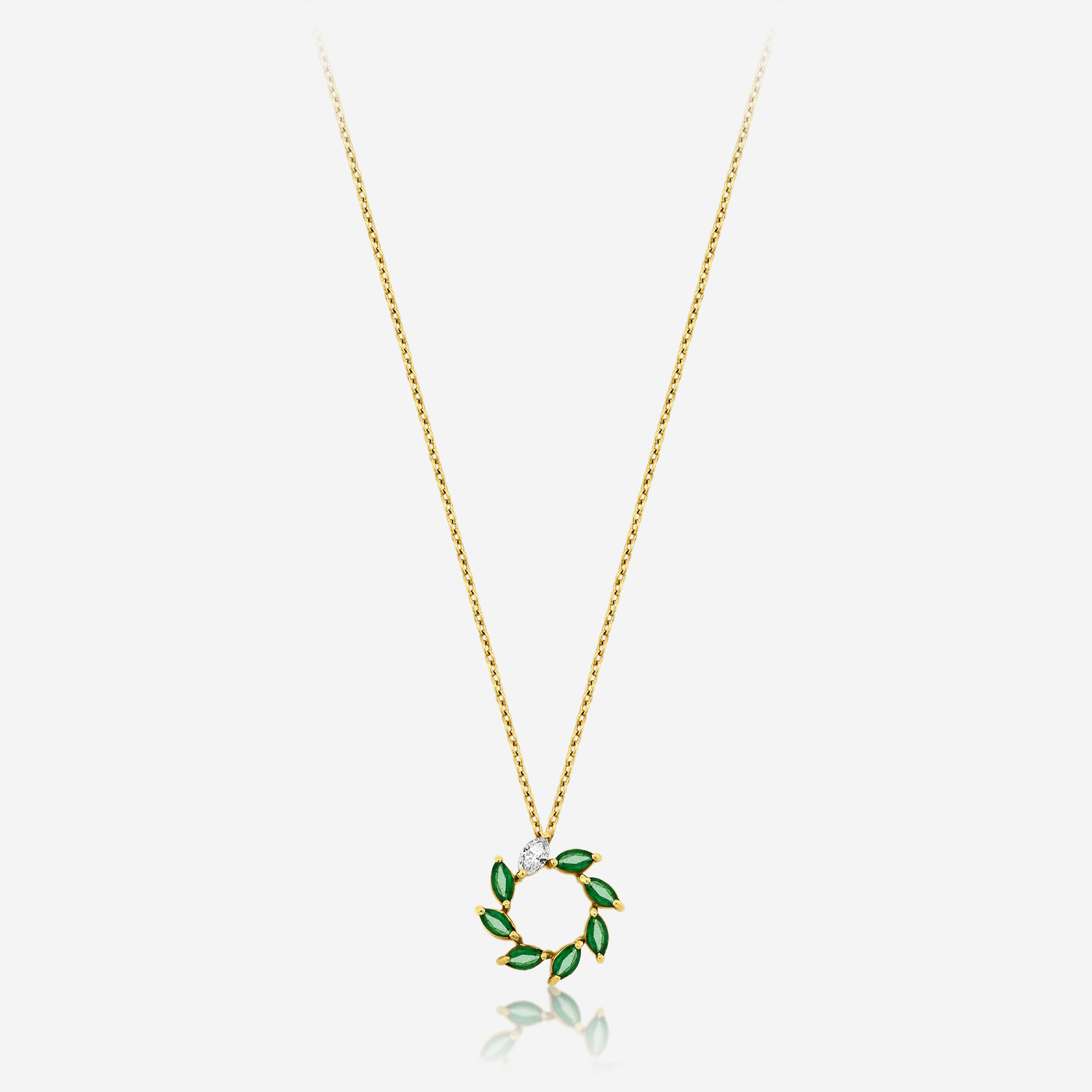Diamond Necklaces Diamond necklace with emeralds Yellow Diamonds and emerald