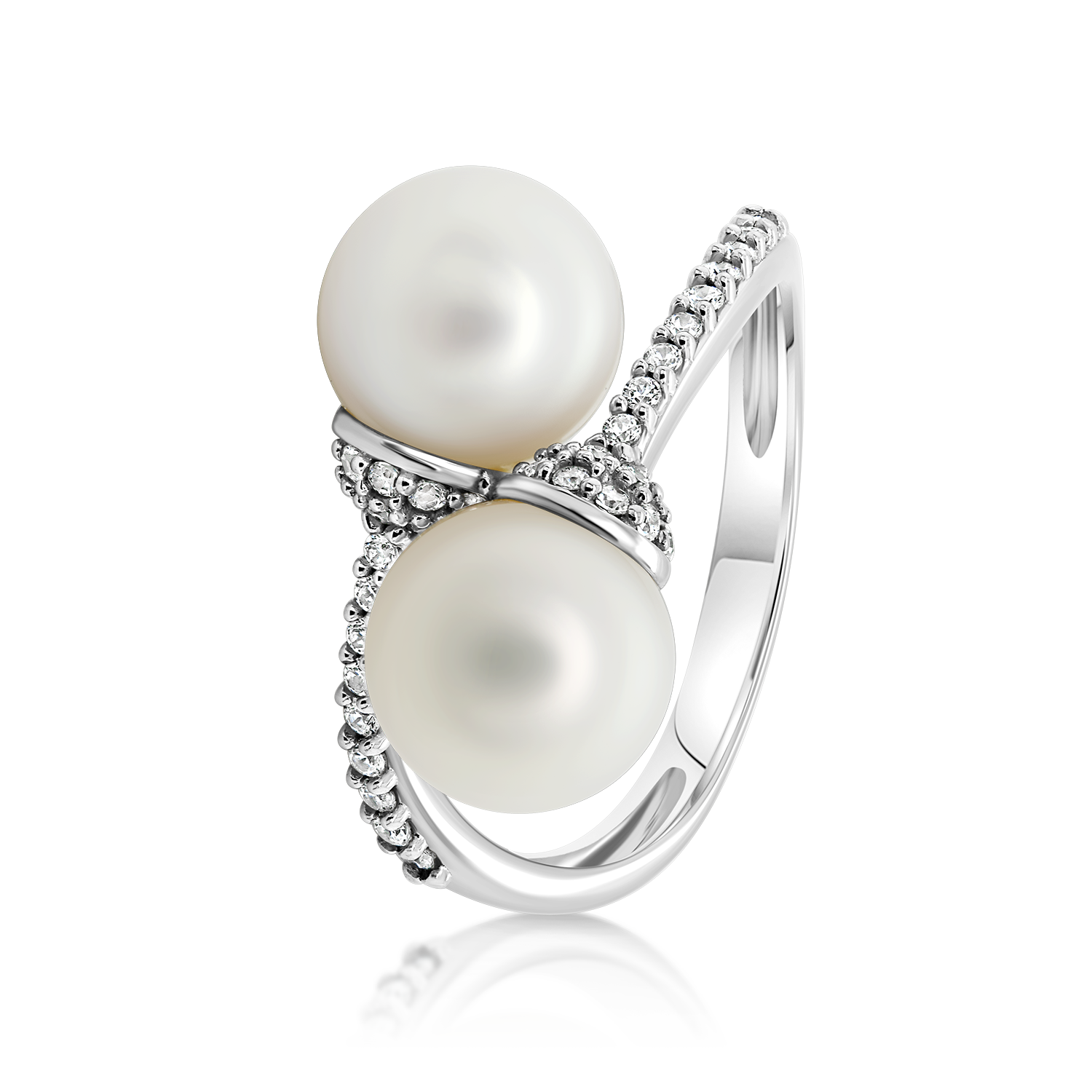 Jewelry with precious stones Gold ring with pearls White